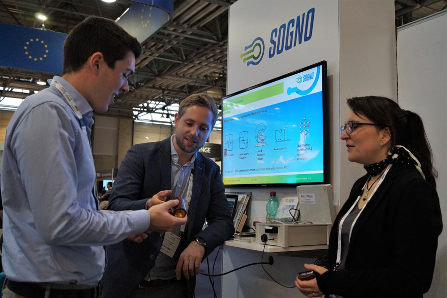 Christoph Gieseke from B.A.U.M. Consult explaining SOGNO to visitors of European Utility Week